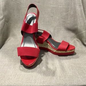 Red Life Stride Wedged sandals